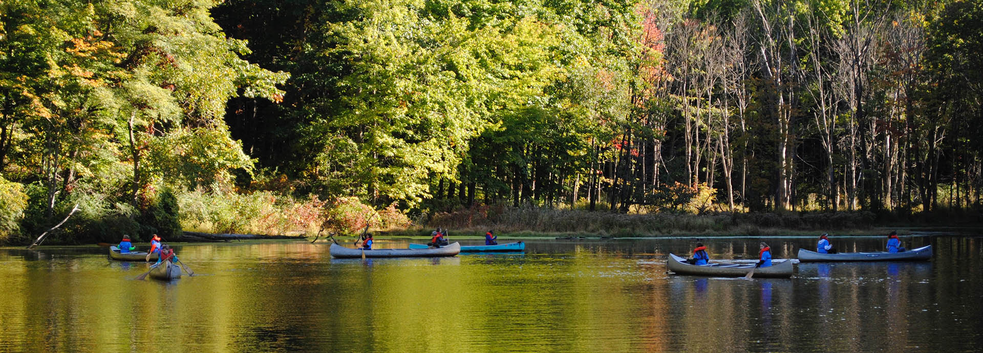 Canoeing-at-Camp-Fitch-YMCA